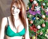 Krásná milf Shanda Fay potěšila svého přítele po štědrovečerní večeři análním sexem