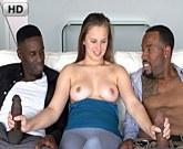 Osamělou paničku Jillian Janson šukají dva statní černoši s obřími klacky