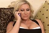Vnadná sexuchtivá panička Devon Lee se nechá ráda ošukat