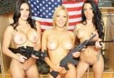 Tři divoké holky: Juelz Ventura, Krissy Lynn a Mackenzie Pierce