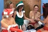 Pomocnice Santa Clause ve vánočních lesbických hrátkách