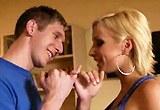 Blondýnka Lexi Swallow obšťastní přítele své sestry