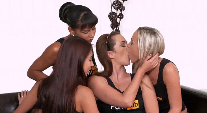 Nadržené české pornoherečky to na večírku pořádně rozjedou