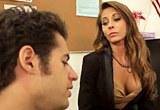 Student Giovanni Francesco opíchá profesorku Madison Ivy