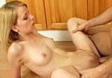 Studentský sex v kuchyni